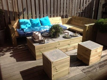 Что нужно знать о деревянной мебели