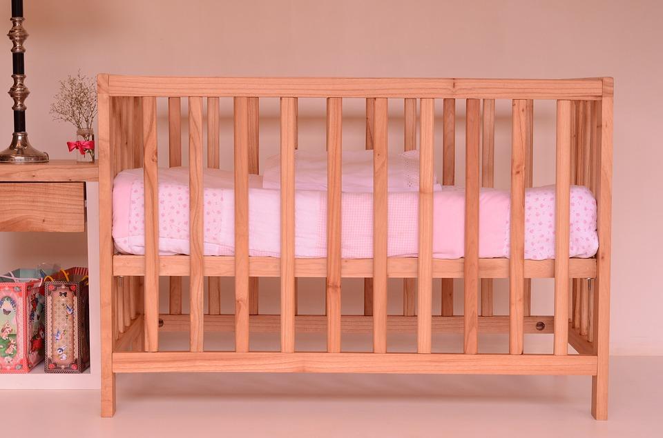 Как выбрать детскую кроватку, какую выбрать детскую кроватку